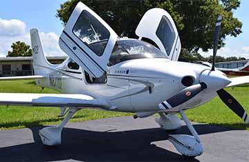 cirrus sr22 2010 charter