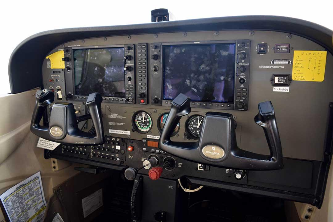Cessna 172S N1200V | Tampa Bay Aviation