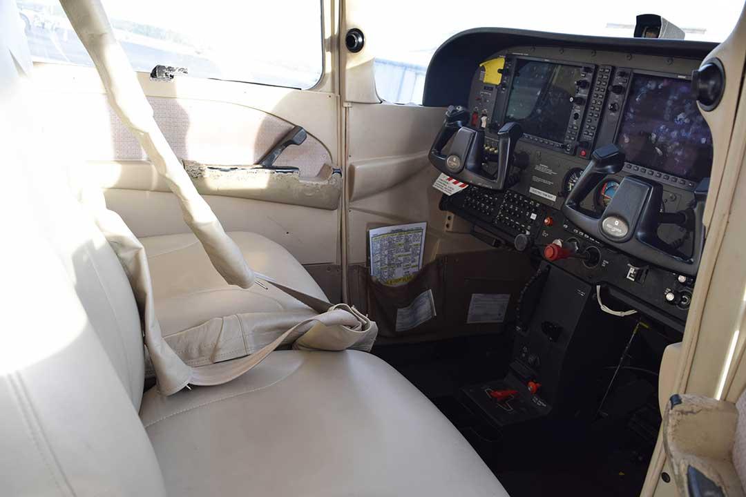 Cessna 172S N1200V   Tampa Bay Aviation