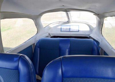 n8922v-interior