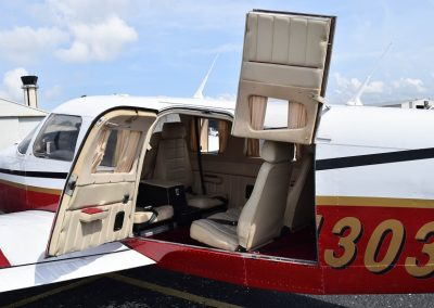 piper-seneca-exterior-tampa-bay-aviation