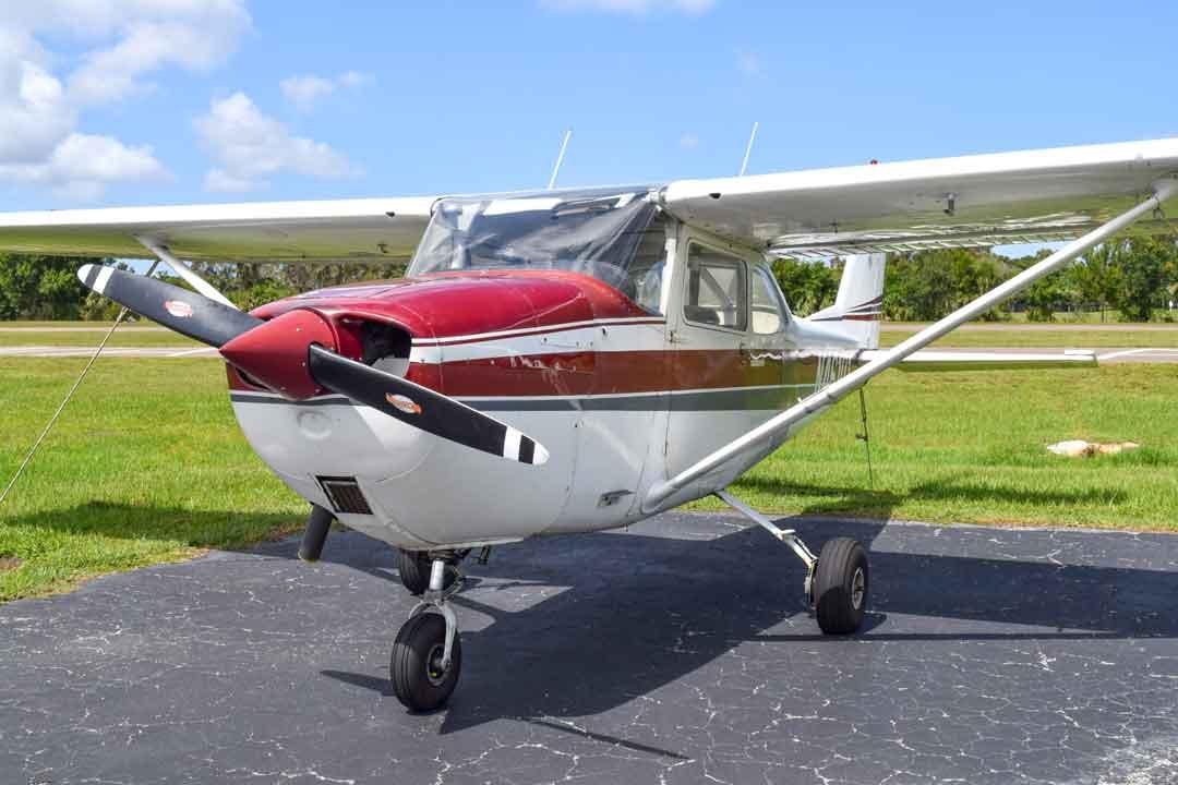 Cessna 172i exterior