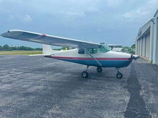 Cessna 172 4126F